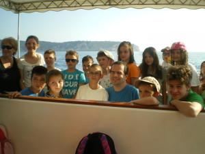Mali Gojzeki i Alan na brodu