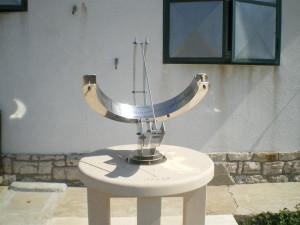 Sunčani sat kod planinarske kuće sv.Andrija -Vis